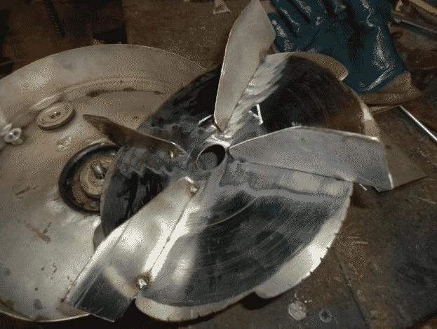 Крилчатка для снегоуборочной машины из триммера