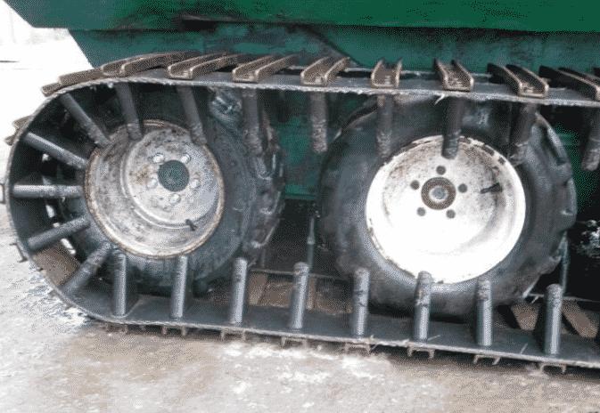 Сборка гусениц из транспортерной ленты